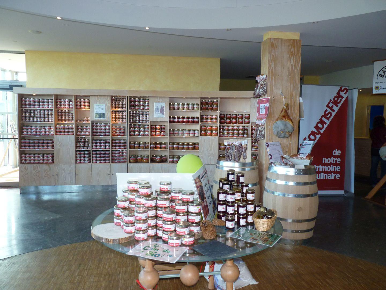Boutique Maison du jambon de Bayonne Arzacq - Tourisme Nord Béarn Madiran