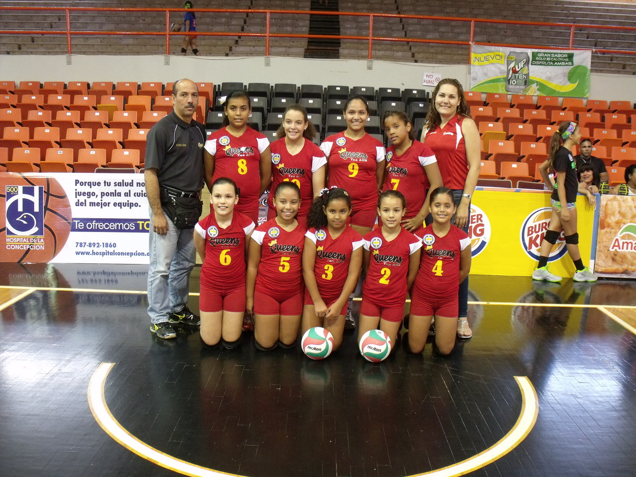 Equipo Queen's Richard Campeonas en 10 under 2013