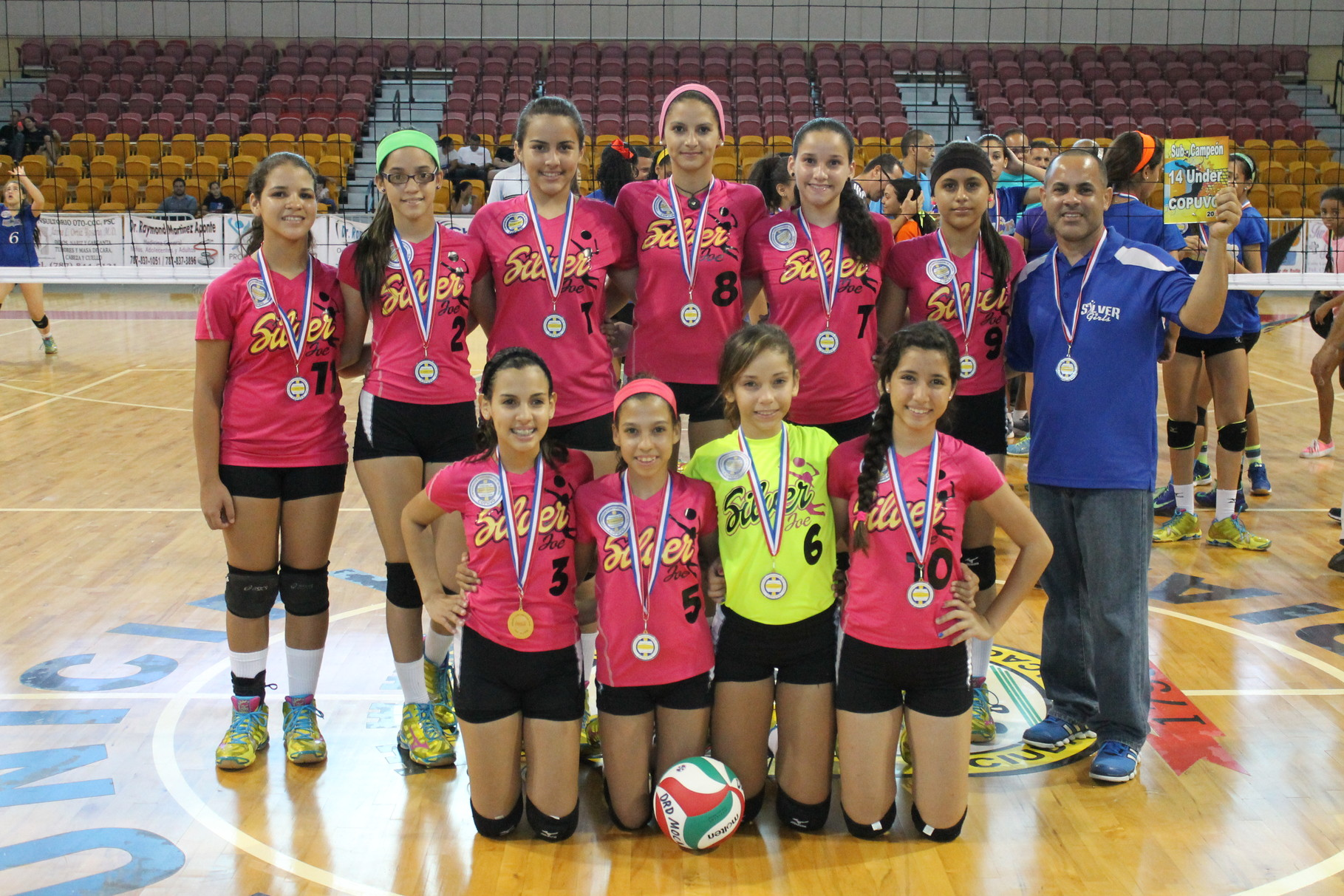 LAS SILVER GIRLS DE MOCA SUBCAMPEONAS EN 14 UNDER