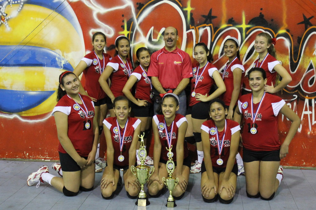 Equipo Queens Richard de Toa Alta Campeonas 12 under 2012