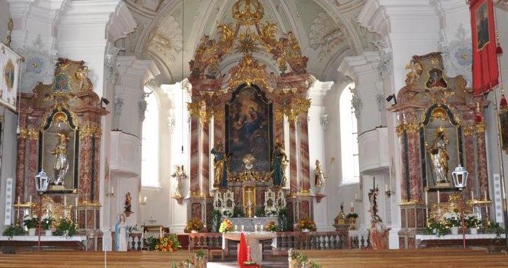 Ansicht Kirche Waidring - Foto Andreas Schreder