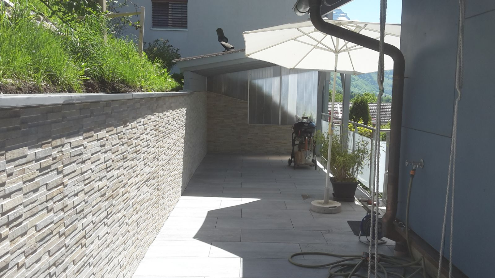 Neugestalltung Sitzplatz Wand&Boden