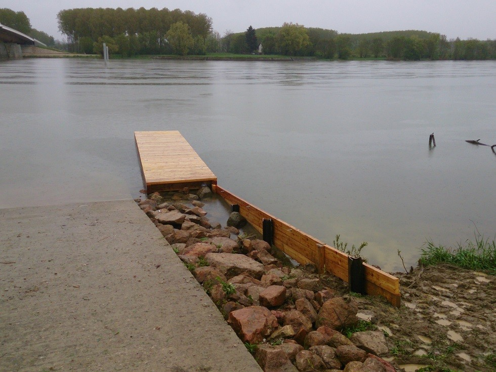 En 2013, fabrication d'un ponton