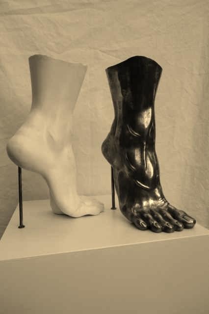 Highheel 2, Gips u. Bronze - plaster and bronce