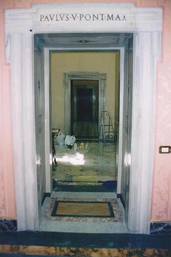 Riproduzione di decorazioni - Sala delle Dame - Palazzo Apostolico - Vaticano. Rosa Decorazioni