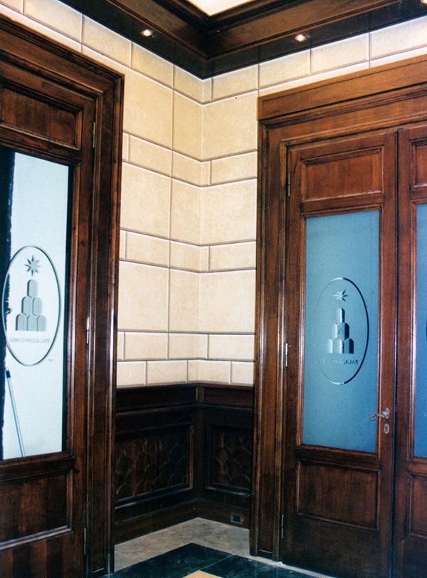 Decorazione murale - Decorazione secondo sbarco ascensori con finto bugnato - Palazzo Chigi a Roma - Rosa Decorazioni