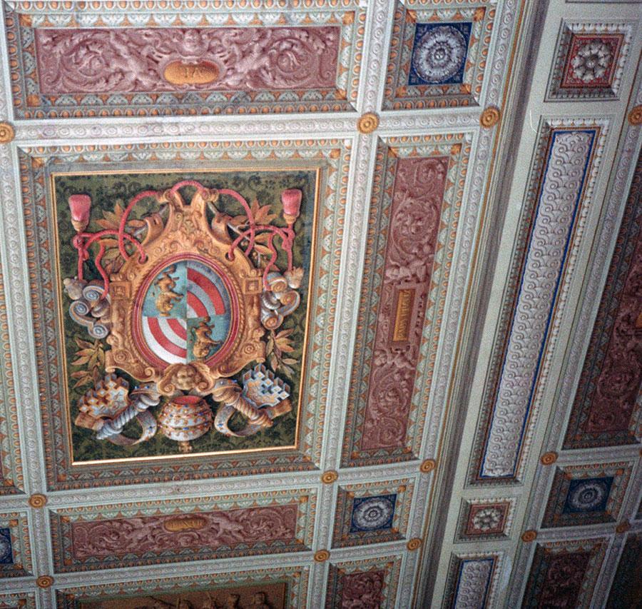 Restauri del soffitto decorato a tempera della Biblioteca privata del Papa del palazzo Apostolico in Vaticano eseguiti da Pietro Rosa - Rosa Decorazioni