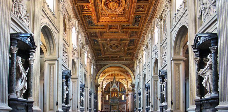 Restauro della Basilica di San Giovanni in Laterano a Roma - Restauro del soffitto ligneo decorato e dorato, delle pareti, degli stucchi e dei marmi della navata centrale - Rosa Decorazioni