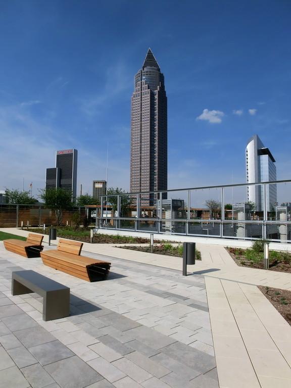 Frankfurt am Main - Gallus - Europa Allee - Skyline Plaza - Skyline Garden