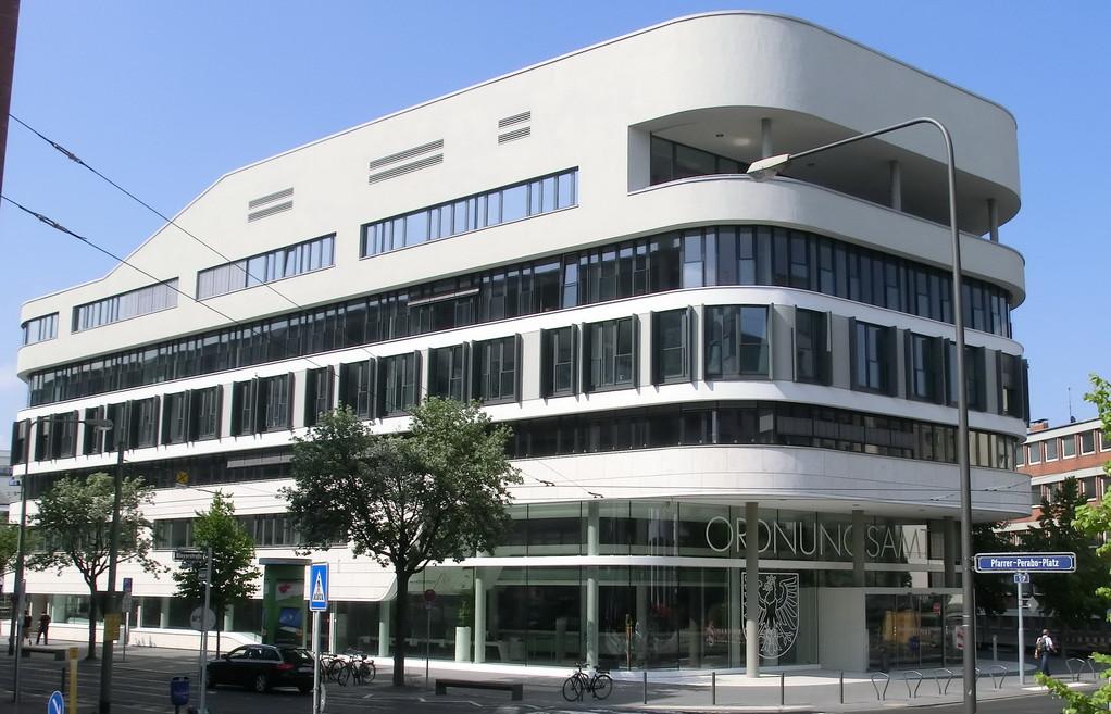 Frankfurt am Main - Gallus - Kleyerstr. / Pfarrer-Perabo-Platz - Ordnungsamt