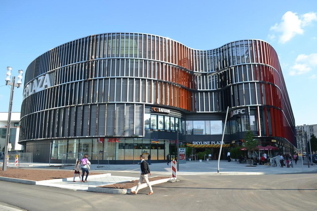 Frankfurt am Main - Gallus - Europa Allee / Den Haager Str. - Skyline Plaza