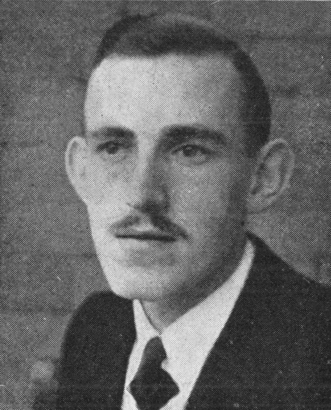 Passfoto von Herrn Hobohm Ende der 1940er Jahre (Original befand sich lose in einem Snapshot-Album; dieses und andere Alben befinden sich wahrscheinlich im Archiv der Lahore Ahmadyyiah in London