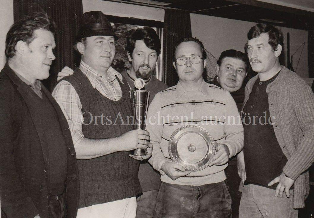 Pokalangeln 1975 - v.l. Hans Funk, Gerd Münter, Manfred Tessin, Horst Wessel, Albert Knoke und Udo Pieper