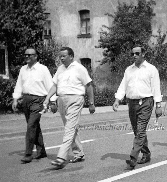 Günter Strinz, Jochen Henke und Uwe Lotz / Umzug Sportfest 1968