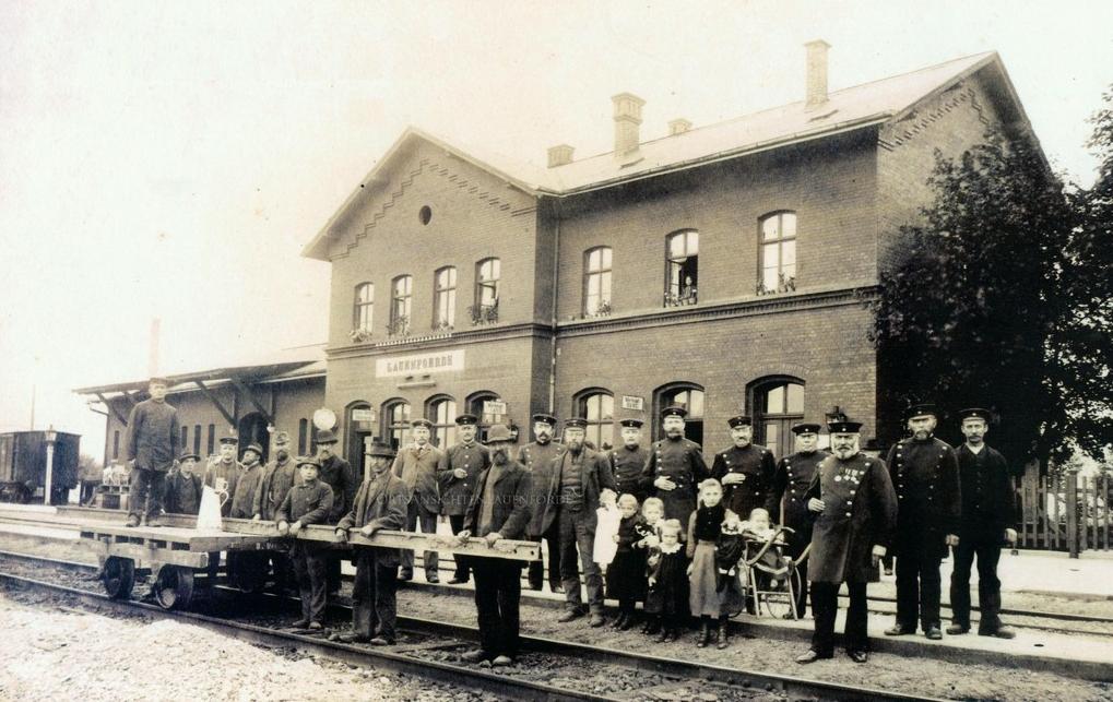 Bahnhof Lauenförde / Gleisbauarbeiten / rechts aussen Wilhelm Meier