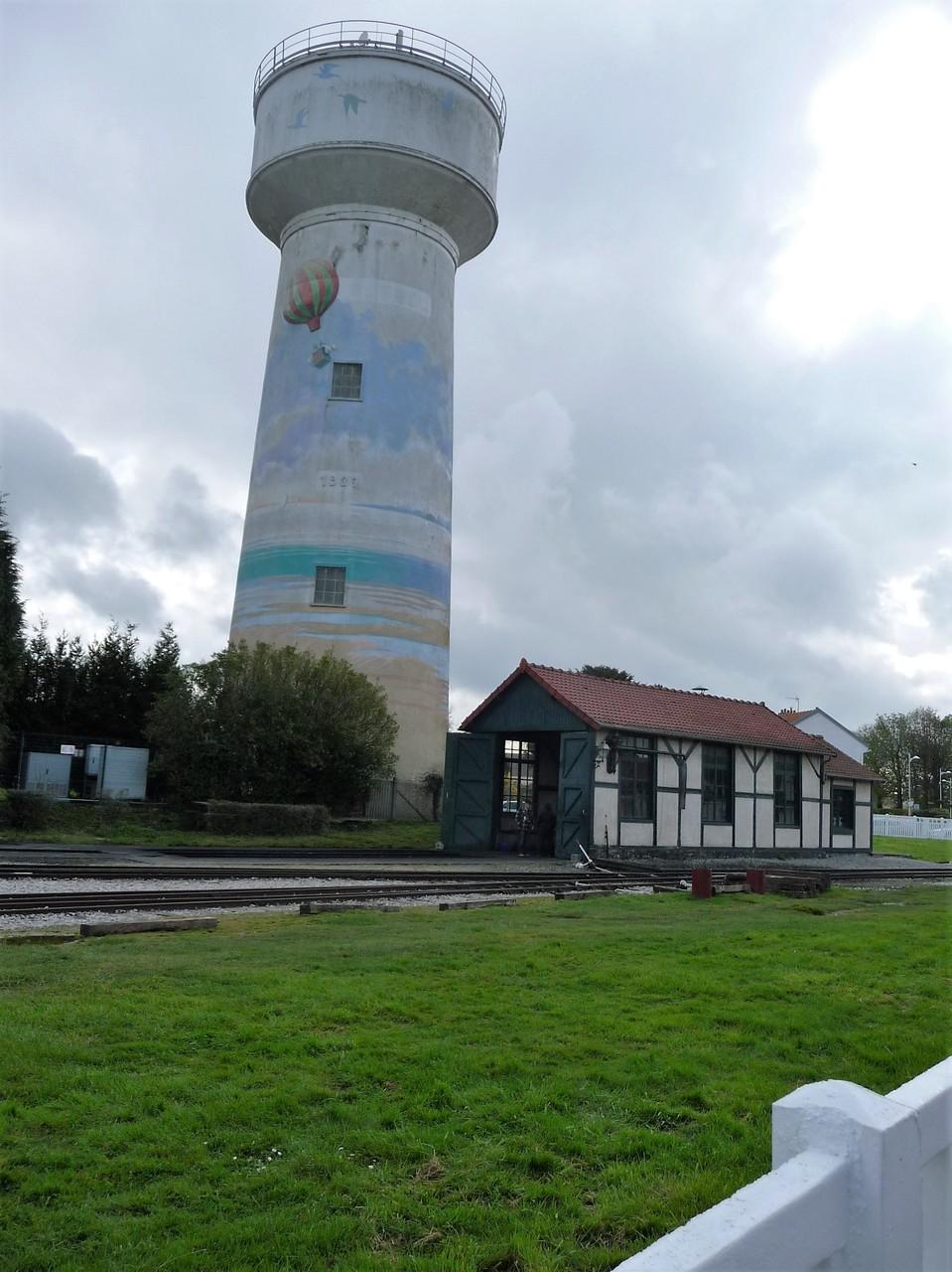 château d'eau à la gare du Crotoy