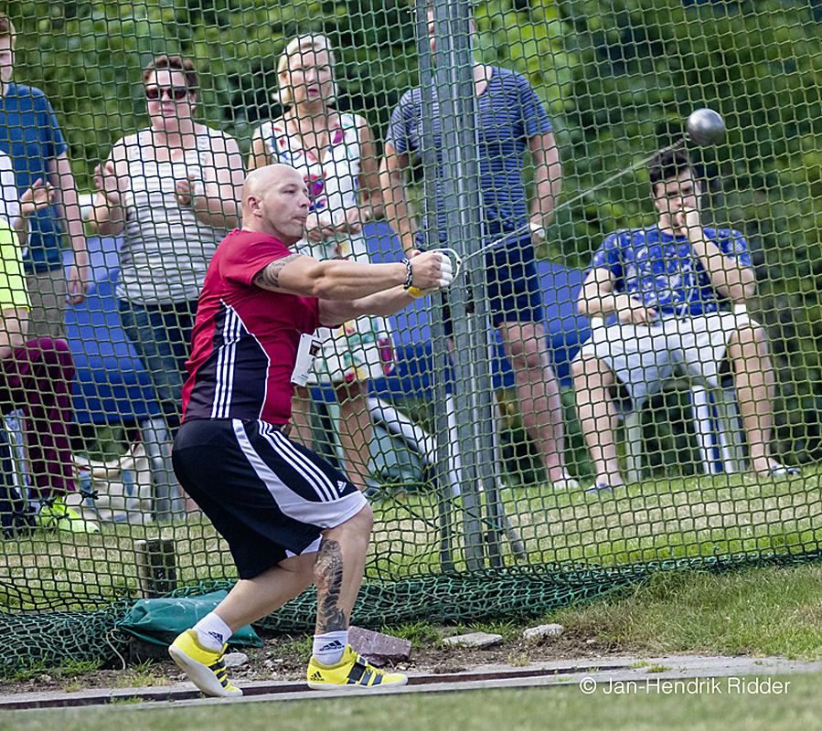 Der achtmalige Deutsche Meister (Bestleistung 81,10m) fühlt sich in Rhede sichtlich wohl. (Archivfoto aus 2015)