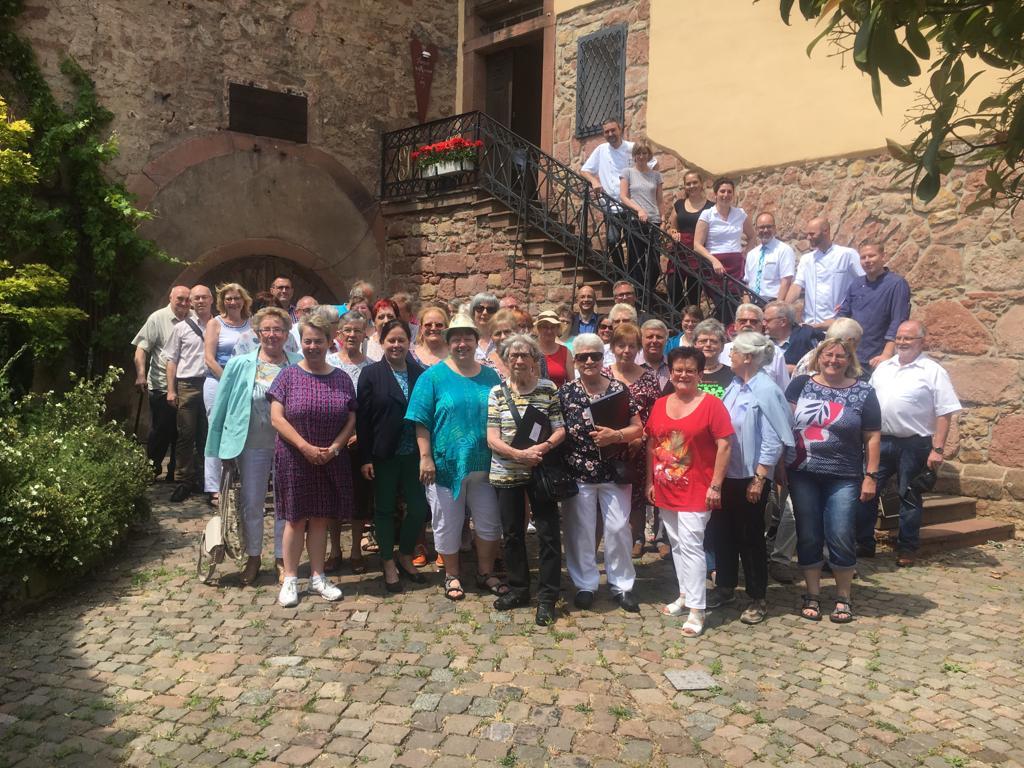 Gruppenbild von der Chorfahrt nach Burrweiler/Pfalz im Juni 2019