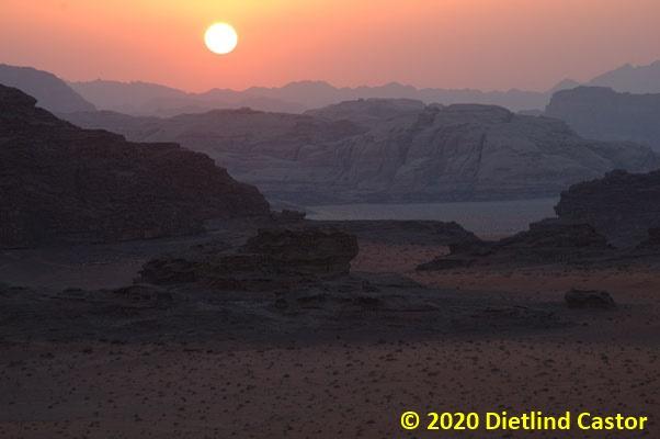 Zarte Farben beim Sonnenuntergang © 2020 Dietlind Castor