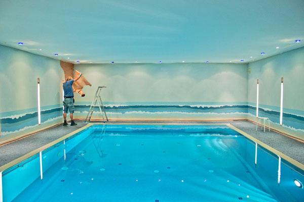 Schwimmbad bemalen lassen