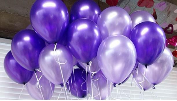 Sempertex сиреневые и фиолетовые металлик ( Колумбия ). Размер 32 см 40 р.