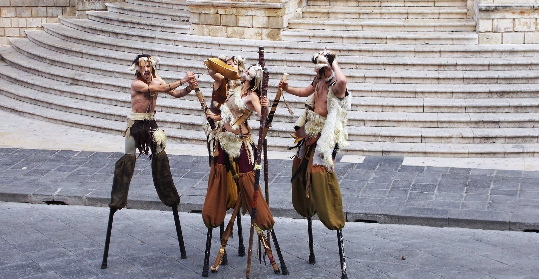 Satiri danzanti-batarnù