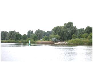 Die nördliche Einfahrt zum Segler-Hafen