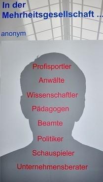 """Aus der Ausstellung """"Typisch 'Zigeuner'? Mythos und Wirklichkeit"""" des  Landesverband Deutscher Sinti und Roma Baden-Württemberg, Foto: Manuel Werner"""