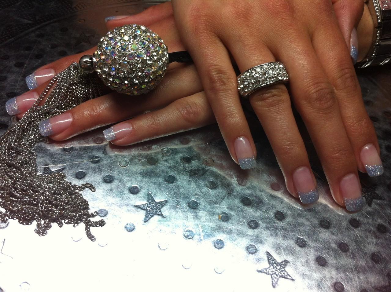 DIAMONDS & GLAMOUR