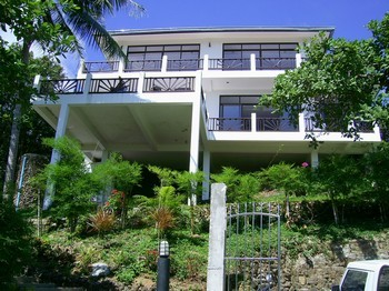 Villa Naak