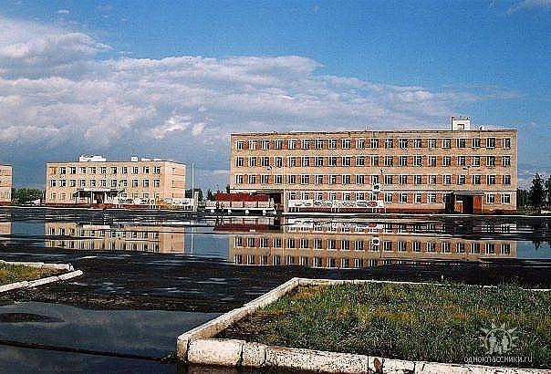 Плац, штаб и казарма 377 утп