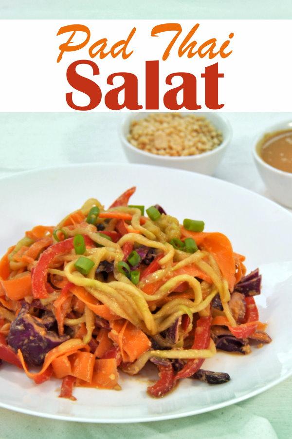 """leckerer Rohkostsalat, angelehnt an das thailändische Gericht """"Pad Thai"""", vegan, vegetarisch, Thermomix"""