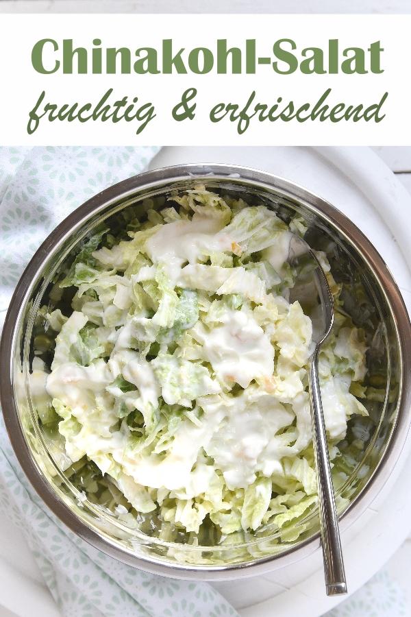 Leichter, erfrischender und fruchtiger Chinakohl-Salat an heißen Sommertagen mit Pfirsich-Maracuja-Joghurt