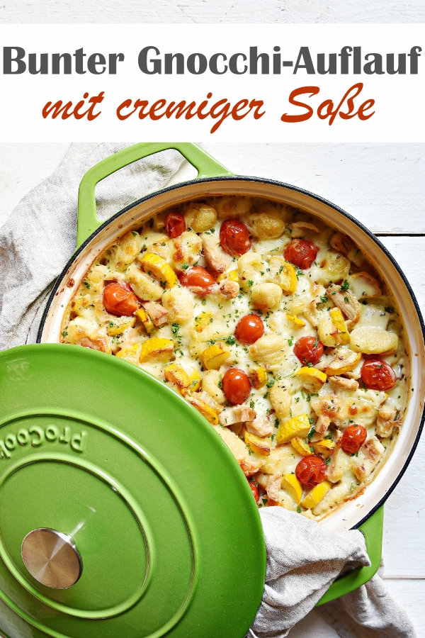 Bunter Gnocchi Auflauf, mit Zucchini, Tomaten, Ersatz für Hühnchenfleisch, cremige Soße aus Frischkäse oder Creme Vega, im Ofen überbacken, Thermomix, vegetarisch, vegan, Ofengericht