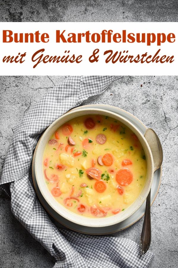 Bunte Kartoffelsuppe mit Möhren und Tomaten, gekocht in Kokosmilch, dazu noch würzige Mini-Salami (z.B. vegetarisch oder vegan), alternativ Räuchertofu, Thermomix