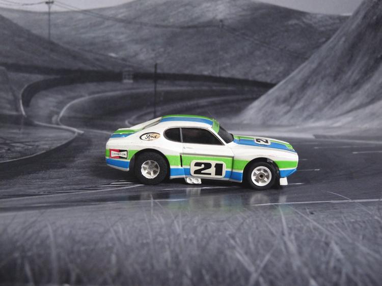 AURORA AFX Ford Capri RS 2600 weiß/grün/blau #21