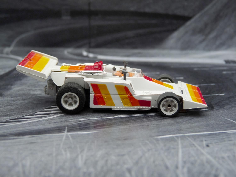 AURORA AFX G-Plus Indy Special weiß/rot/gelb