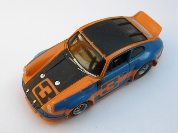 Porsche Carrera orange/blau/schwarz