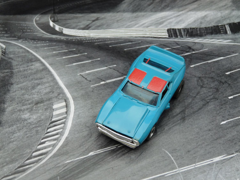 AURORA AFX Javelin Trans AM blau/rot mit blauer Haube