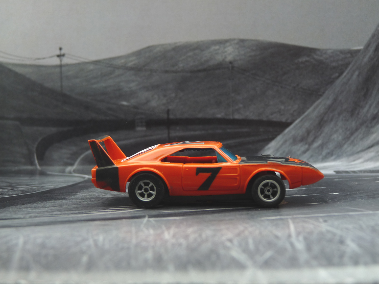 AURORA AFX Daytona Charger orange/schwarz