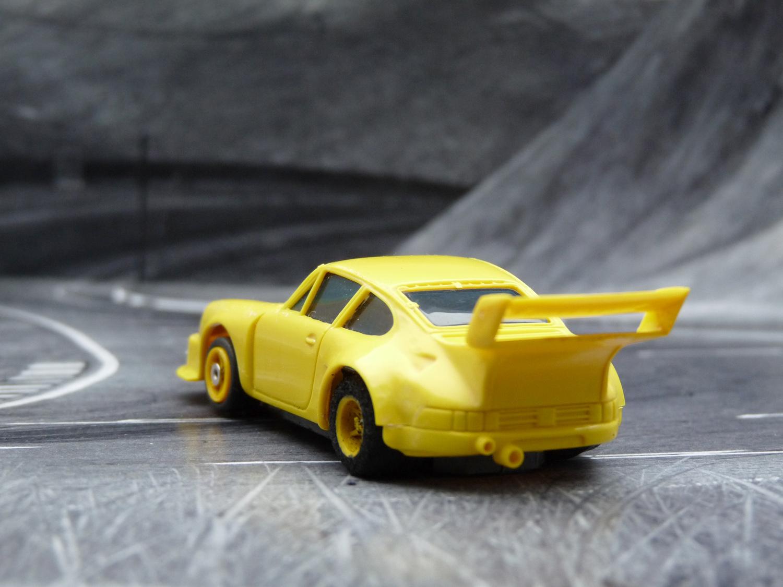 AURORA AFX Porsche 934 gelb