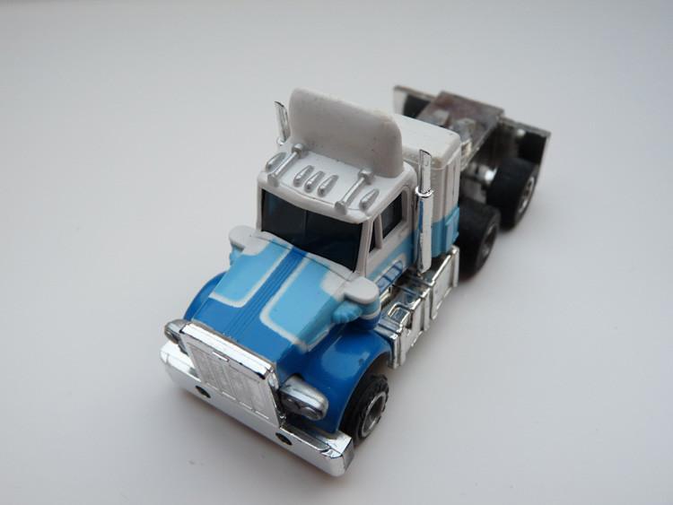 AURORA AFX Peterbilt Truck weiß/blau/hellblau