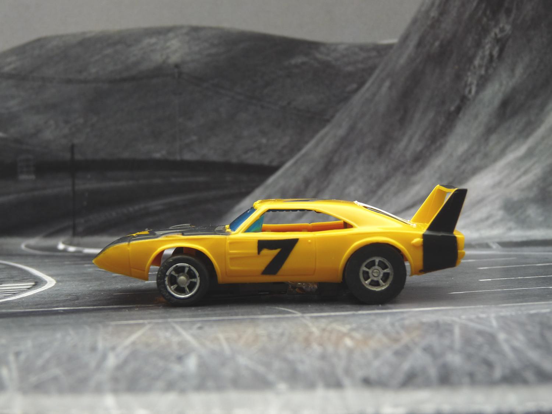 AURORA AFX Daytona Charger gelb/schwarz