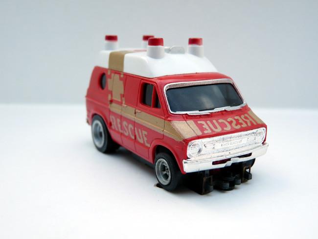 AURORA AFX Dodge Van Rescue rot / weiß #1937