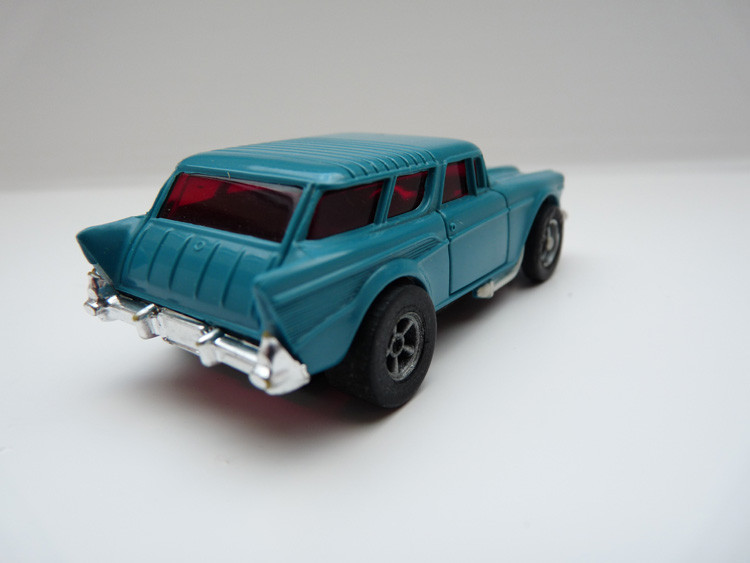 AURORA AFX '57 Chevy Nomad petrol/weiße side pipes