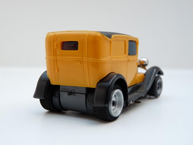 """AURORA AFX Ford Panel Model """"A"""" senf / schwarz"""