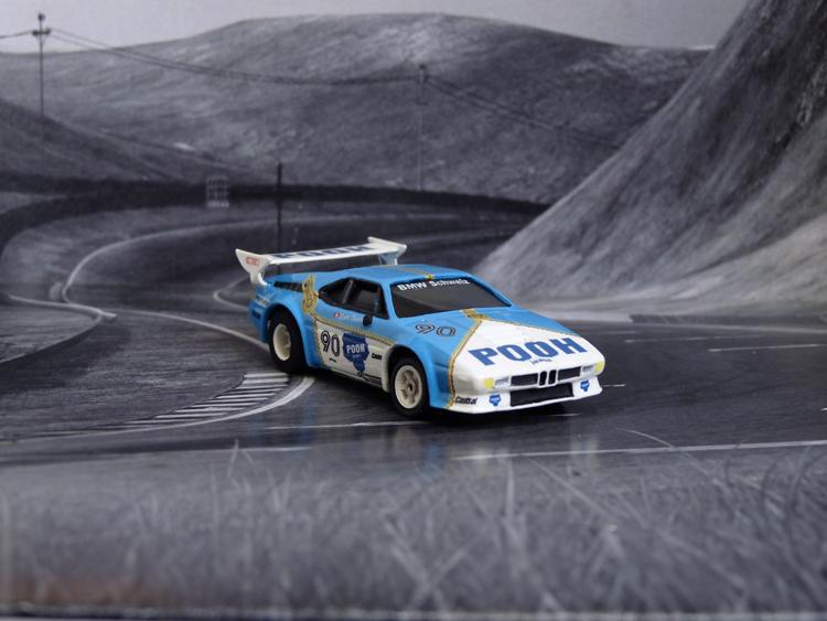 BMW M1 Sauber Racing Switzerland, Pooh Jeans #90