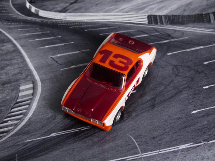 AURORA AFX Ford Capri orange/rot/weiß #13 International-Version