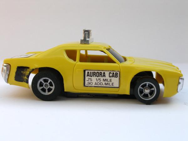 AURORA AFX Matador Taxi gelb
