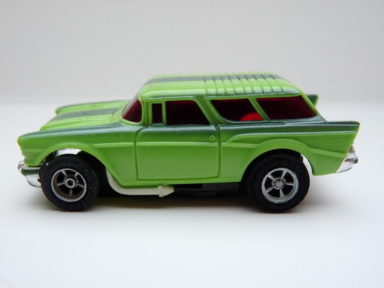 AURORA AFX '57 Chevy Nomad grün/dunkelgrün/weiße side pipes